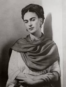 Nickolas Murray, Frida Kahlo, 1939, collection Amedeo M. Turello (estimation 8 000 – 10 000 € / 8 900 – 11 150 $)