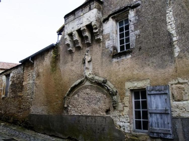 Le Logis du Musicien à Mirebeau, façade sur rue © Fondation du Patrimoine - Tous droits réservés
