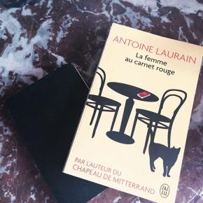 La femme au carnet rouge, d'AntoineLaurain