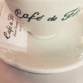 Boire un café auFlore