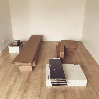 Les meubles en kit sont arrivés !
