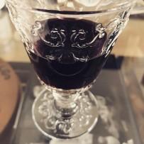 Souvenir de Bourges : des verres médiévaux aux armes du grand Coeur