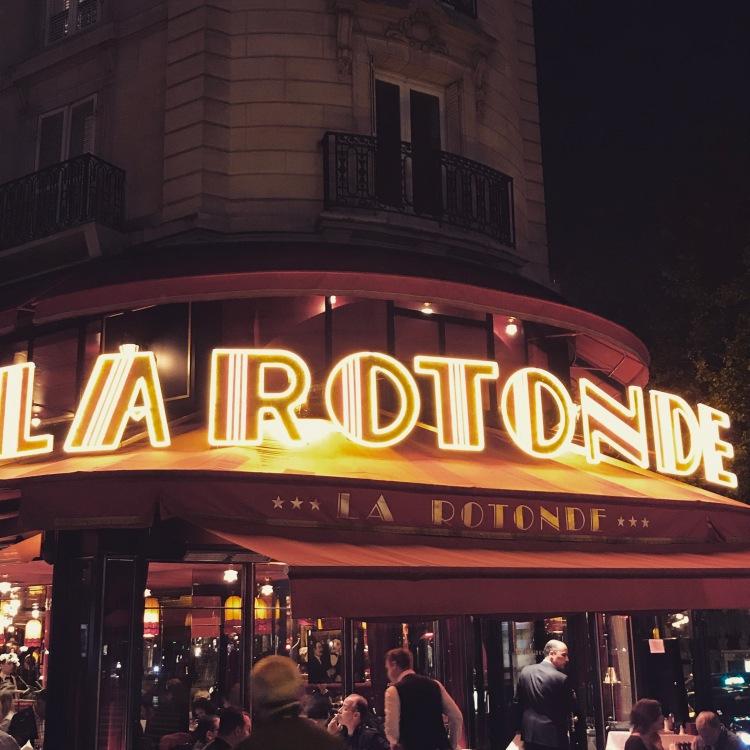 Montparnasse by night - La Rotonde