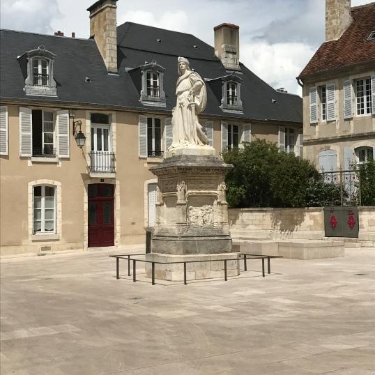 Palais Jacques Coeur - extérieur jour