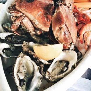 Le traditionnel plateau de fruits de mer du 15 août