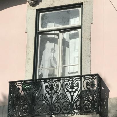 Pessoa au balcon