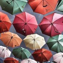 Les parapluies colorés