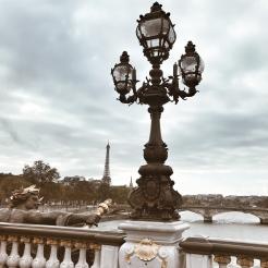 Traverser le pont Alexandre III