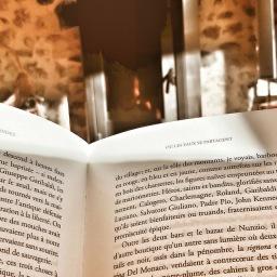 Lire au coin du feu