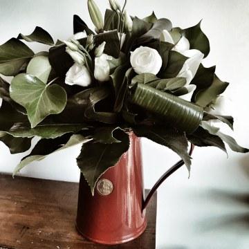 Mrs Dalloway dit qu'elle s'occuperait d'acheter les fleurs elle-même