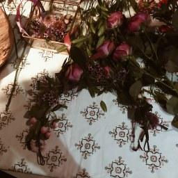 Couronne de fleurs in progress