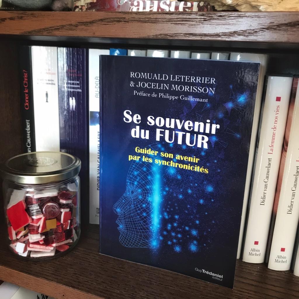 Se souvenir du futur, de Romuald Leterrier et Jocelin Morisson : guider son avenir par les synchronicités