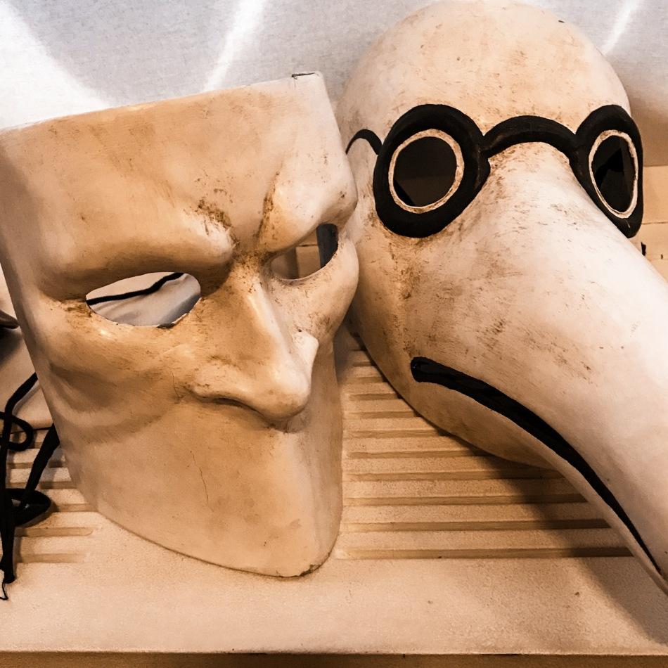 Masqué, démasqué...